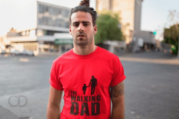 Playera para regalar a papa the walking dad.jpg